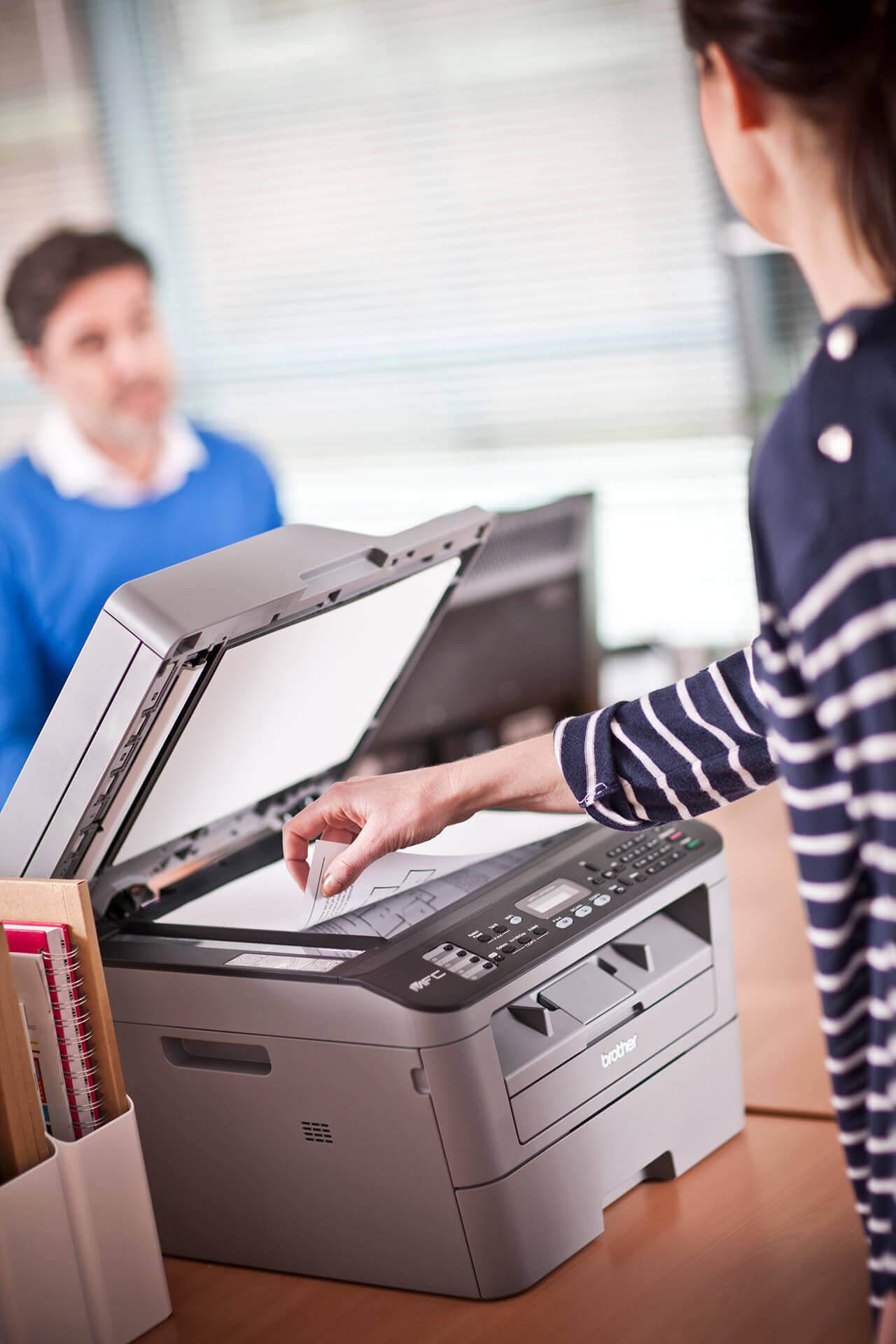 Wszystko co związane z drukiem w Twojej firmie oddaj w nasze ręce. To się po prostu opłaca.